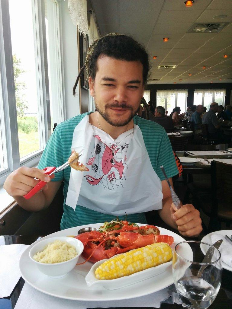 Vicent mange du homard